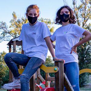 jeunes filles au parc